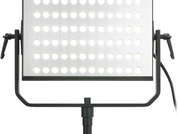 Rent: LED Hilio light