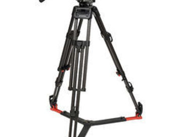 O'Connor (Sachtler) System 1030 fluid head tripod