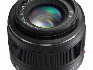 Rent:  Panasonic Leica DG Summilux 25mm f/1.4 ASPH. Lens