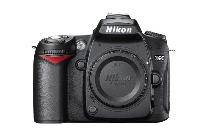 Nikon D90 12.3MP DX-Format CMOS DSLR Camera Body