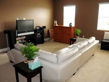 Rent: Two Bedroom Condo, Downtown Long Beach