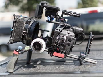 Rent: C300 Mark II with Redrock cage