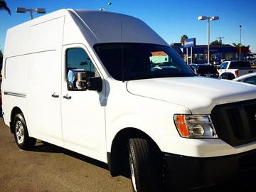 Rent: Nissan NV Grip and Electric Van (fully loaded)