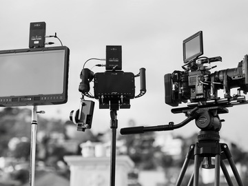 "Rent: RED Weapon Helium 8K + Sigma Lenses + Teradek + 17"" Monitor"