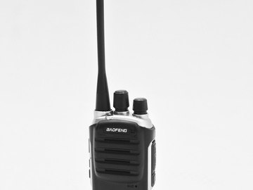 Rent: Walke Talkies - 8 Pack with Headsets