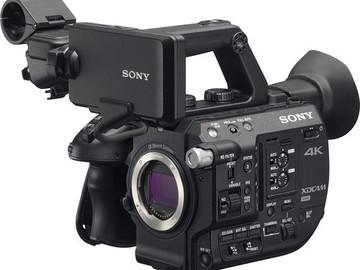 Sony PXW-FS5 XDCAM Super 35 Camera w/ RAW, EF Speedbooster