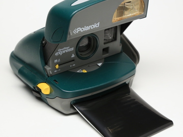 Rent: Polaroid One Step Express Vintage Camera w/Frog Tongue