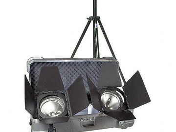 Rent: ARRI ARRILITE 2000 Plus 2 Light Kit