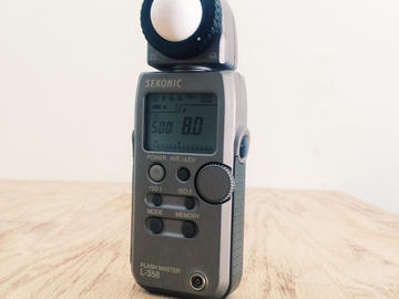 Rent: Sekonic L-358 with PW Transmitter