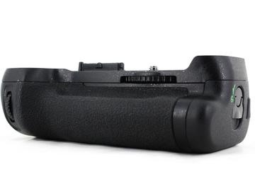 Rent: Nikon MB-D12 Battery Grip for D800/800e/810/810e