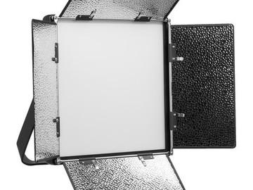 2 LED light kit: 2 x ikan Lyra LB10 Bi-Color 1 x 1
