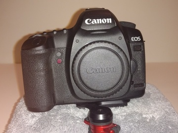 Canon EOS 5D Mark II, 28-135mm f/3.5-5.6  USM, 48GB, battery