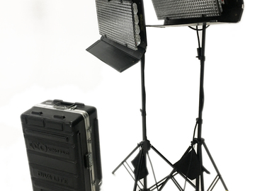 Rent: Kino Flo 2-ft 4-Bank Fixture Kit with Stands