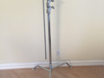 Matthews C-Stand with Turtle Base