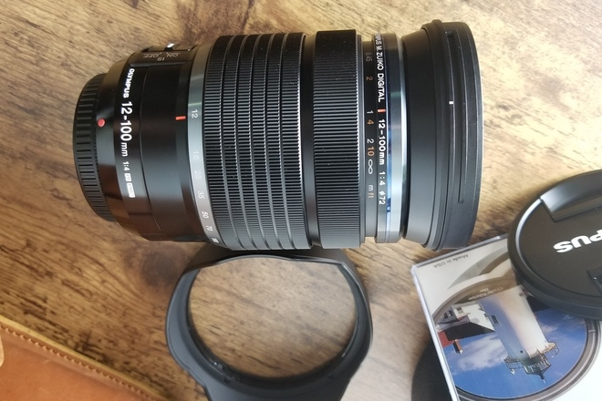 Olympus M.Zuiko Pro 12-100mm f/4.0 IS Lense