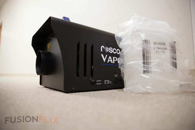 Rosco Rosco Vapour Plus 120V Fog Machine + Fluid