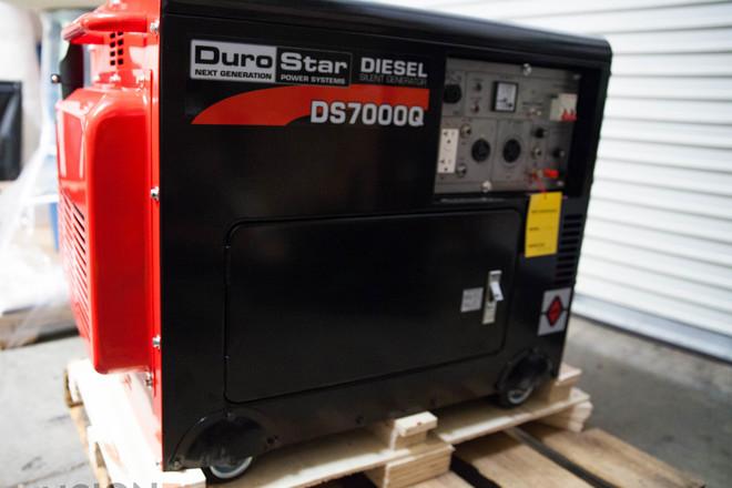 DuroStar DS7000Q 6500w Generator