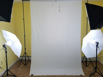 Rent: Small Photography Studio