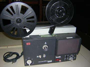 Rent: Elmo SC-18 Super 8mm Sound Film Projector