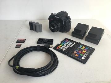 Rent: Nikon D810 Kit
