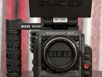 Rent: RED Scarlet-W (EF Mount)