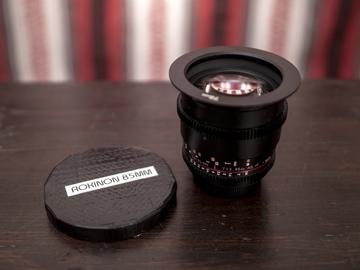 Rent: Rokinon Cine 85mm (EF)