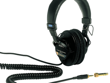 Rent: Sony MDR-7506 Studio Monitor Headphones