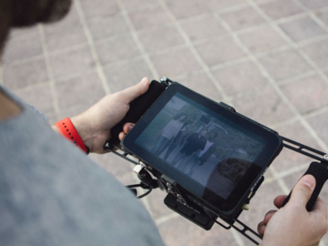 Rent: SmallHD wireless monitor cage