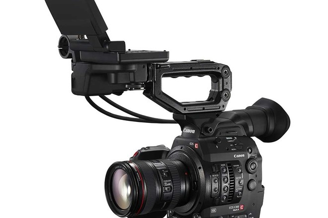 Canon C300 Mark II 4K Package w/ Canon 24-70mm L + 4 x 128gb