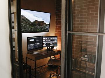 Rent: HD Editorial / Color Correction Suite