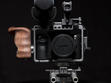 Rent: SONY A7SII + LENS KIT + TILTA CAGE +  250GB SD