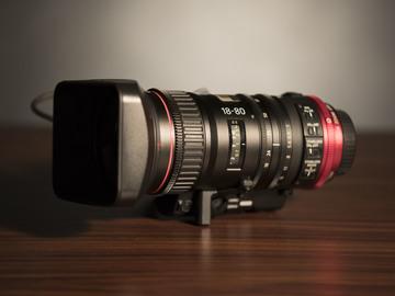 Canon CN-E 18-80mm T4.4 COMPACT-SERVO Cinema Zoom (1of2)