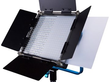 Rent: 2x Dracast LED500 Silver Series Bi-Color LED Lights