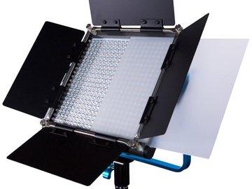 Rent: 2x Dracast LED500 Silver Series Bi-Color LED Lights w/Stands