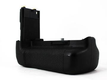 Rent: Canon BG-E7