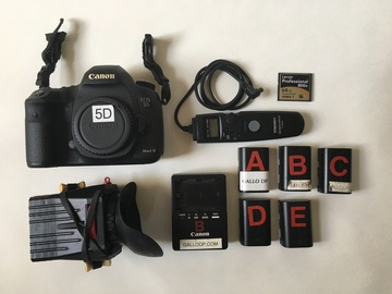Canon EOS 5D Mark III COMPLETE PACKAGE