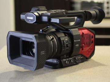 Rent: Panasonic AG-DVX200 4K Handheld Camcorder A