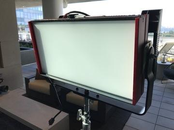 Rent: Cineo HSX Bi-Color