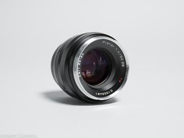 Rent: Zeiss Classic Planar 50mm f/1.4
