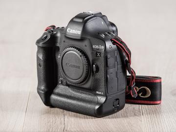 Rent: Canon EOS-1D X Mk II Digital SLR Camera (2x 64gb)