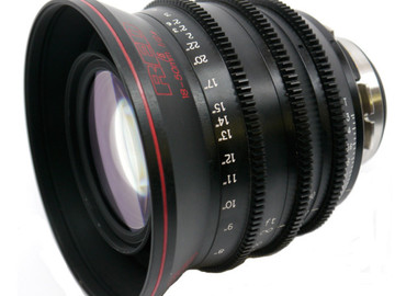 Rent: Red Pro Zoom 18-50mm Lens