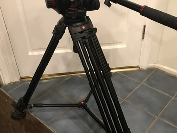 Rent: Manfrotto 509HD with legs and hi-hat.