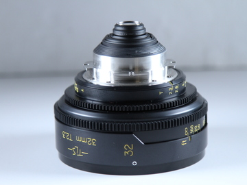 Rent: Cooke Speed Panchro 32mm T2.3