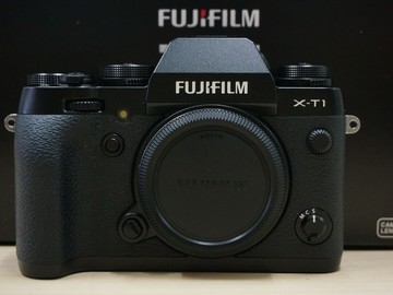 Rent: Fujifilm X-T1 MILC (body only) with 2 batteries