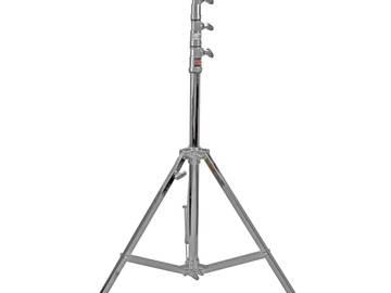 Rent:  Matthews combi stand - Triple Riser