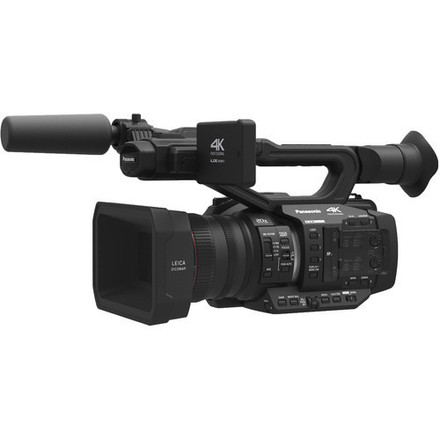 Brand new Panasonic AG-UX90 4K Camera / cards / Tripods