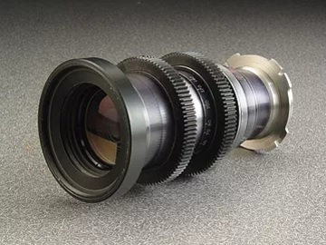 Rent: Angenieux 35-140mm  Zoom Lens