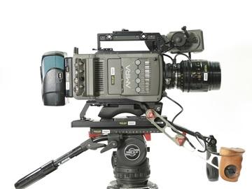 Rent: Arri Amira Handheld Rig With Camera Rental