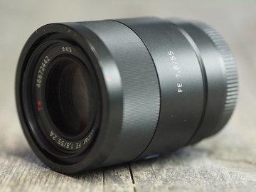 Rent: Sony 55mm F1.8 Sonnar T FE ZA Full Frame Prime Lens - Fixed