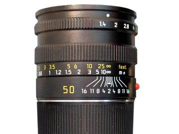 Rent: Summilux-M 50mm f/1.4 ASPH